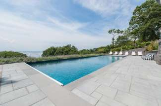 Shelter Island Heights Spacious Water View with Pool