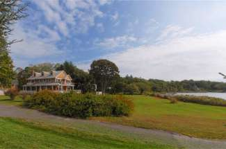 Shelter Island Bay Front Traditional with Pool