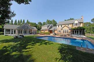 Shelter Island Tranquility with  Pool and Guest House