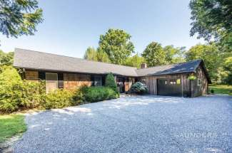 Shelter Island Modern and Clean Close to Beach
