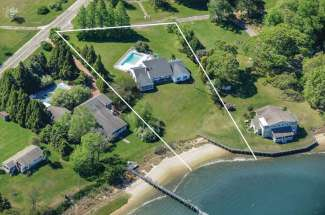 Bay Front with Pool in Estate Section Shelter Island