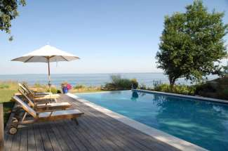 Shelter Island Ram Island Beachfront with Pool