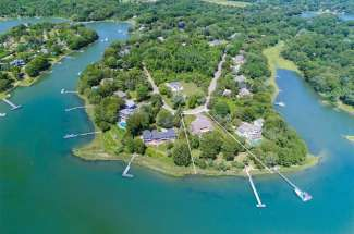 Shelter Island Traditional with Pool and Deep Water Dock