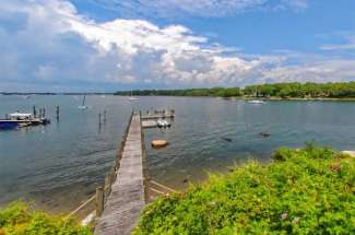 Spectacular Dering Harbor Waterfront Modern