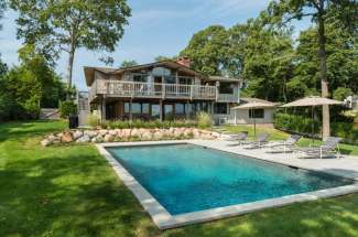 Shelter Island Water Views and Pool