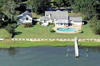 Spacious Harbor Front with Dock, Pool and Guest House
