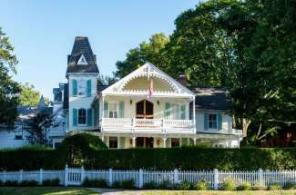 Iconic Shelter Island Heights Waterview Victorian