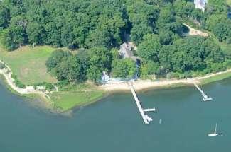Shelter Island Waterfront Deep Water Dock