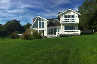 Fabulous Shelter Island Waterview With Pool