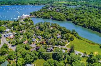 Shelter Island Heights Water View Farmhouse