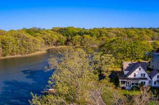 Shelter Island Heights Charming Waterview Farmhouse
