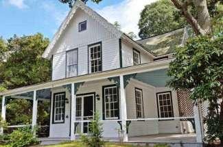 Shelter Island Heights 1872 Farmhouse