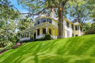 Enchanting Shelter Island Water View Victorian with Pool